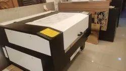 Co2 Laser Acrylic Cutting Machine