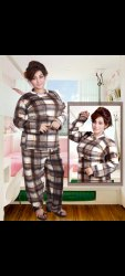 Casual Wear Full Sleeve Ladies Night Suit Woolen, Size: XL