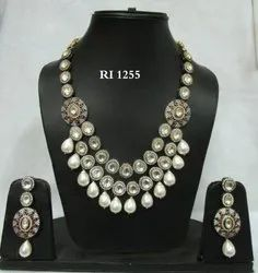 RI Majestic Fusion Polki Necklace Set