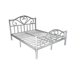 Chrome Finish Designer Stainless Steel Bed, Size: 6 X 6 Feet
