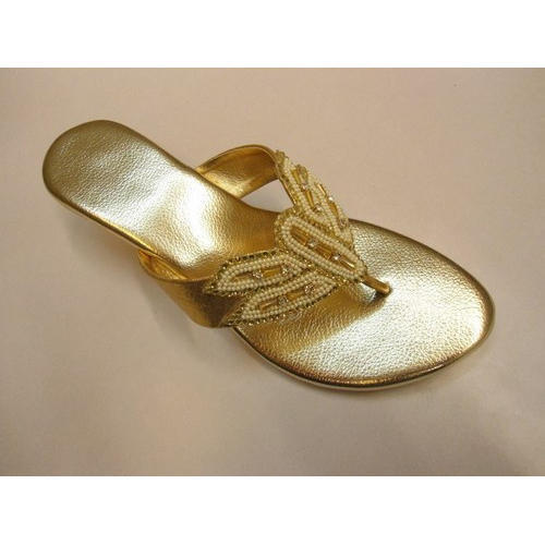 4fa35cf9a Golden Ladies Stylish Slipper