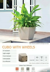 Cubo With Wheels Planters Pot