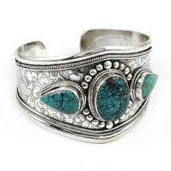 Secret Design 925 Sterling Silver Turquoise Bangle