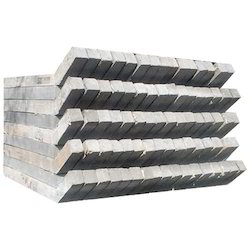 Concrete Fence Pole, Size/Dimension: 8 Feet, for Fencing