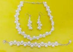 Necklace Bracelet Earring Set Of 3
