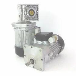 11kw Three Phase AC Geared Motor, 200 Rpm, 415v