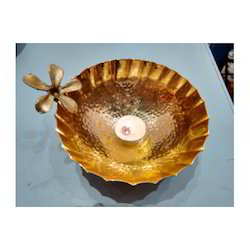 Gold Brass Bowl Flower Shape, Packaging Type: Mdf Box