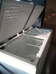625 Litres Western Convertible Freezer