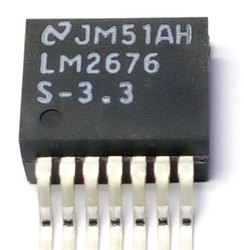 LM2676S- 3.3 Integrated Circuit