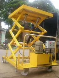 Moving Hydraulic Scissor Lift