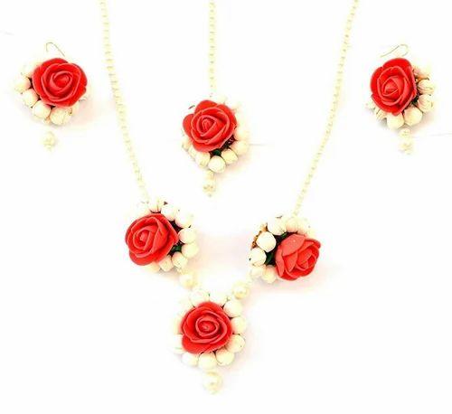 Rose necklace Polymer flower necklace Rose jewelry Black and white jewelry Flower rose necklace Black and white necklace Black rose necklace