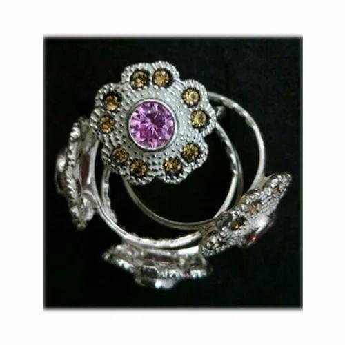 48915b7fa Wedding Wear Silver Floral Toe Rings, Shape: Round | ID: 14964925833