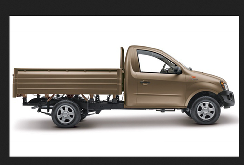3d7518126b Brown Mahindra Commercial Vehicles Genio