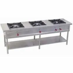 Three Burner Stove, Size: 1900 X 900 X 1300 mm