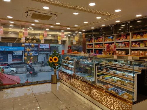 Sweet Confectionery Shop Interior Design At Rs 1250 Square Feet Small Shop Interior र ट ल श प ड ज इन ग र ट ल द क न क ड ज इन ग स व ए Shop Interior Designing Service Ardour Group New Delhi
