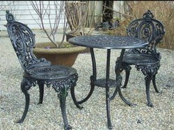Polished Cast Iron Chairs, For Outdoor, Size: 18 Inch