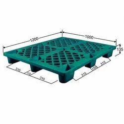 Nestable Green Plastic Pallet