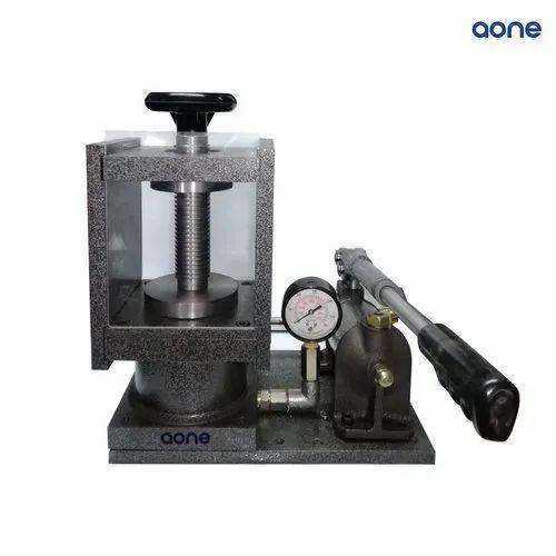 FTIR IR XRF Accessories - Hydraulic Press Manufacturer from Mumbai