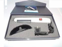 C立方体手持式光疗单 -  UV 311 DLX用于临床目的