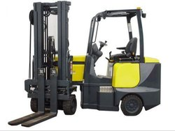 Articulated VNA Truck Rental