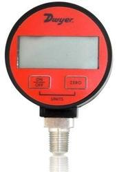 DWYER USA DPG-204 Digital Pressure Gage