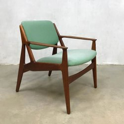 70 X 65 X 60 Cm 12 Kg Wood Arm Modern Restaurant Chair, Finish: Polished