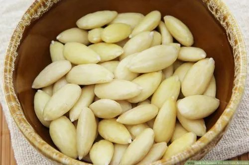Clean Blanched Almond, Packaging Type: Vacuum Bag, Packaging Size: 25kg