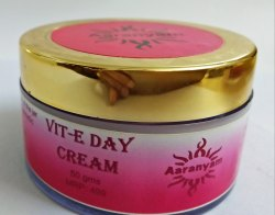 White Vit-E Face Cream, Semi Solid, Pack Size: 50 Gms, 100 Gms