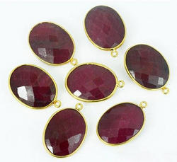Oval Shape Jewellers Paradise Ruby Gemstone Connector, Size: 16x24 Mm