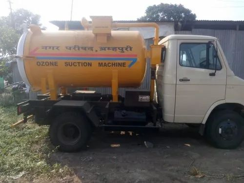 Septic Tank / Suction Machine On Chassis Mounted (tata 709 )