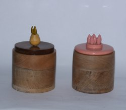 brown Wooden Handcrafted Storage Jar With Pineapple, Flower Lid, Size/Dimension: 4 X 4 X 4 Inches
