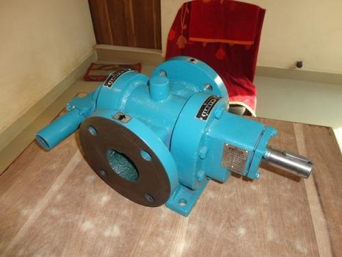 Oil Pump - Gear Oil Pump Manufacturer from Ahmedabad