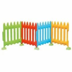 Plastic Fence, For Play Ground, Size: W105xH75cm