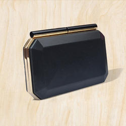 Irya Lifestyle Box Clutch Frame