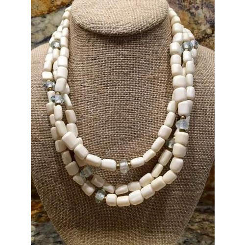 Noor Handicraft White Resin Beads Necklace