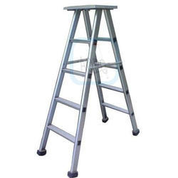 Aluminum Light Weight Auto-Folding Ladder