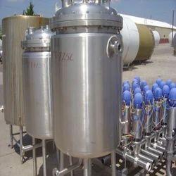 SS Pressure Tanks