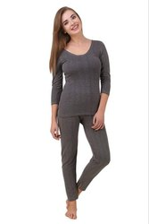 Alfa Quilt Premium Scoop Neck 3/4th Thermal Wear Set For Women Grey