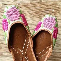 Pink Spring Jutti
