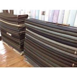 Plain Polyester Viscose Suiting Fabric, Use: Suitings