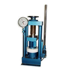 Manually Hand Operated Compression Testing Machine