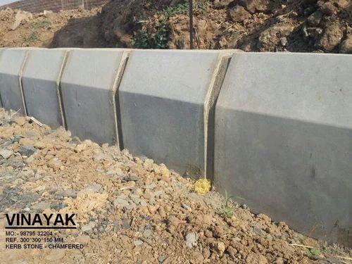 Vinayak Chamfered Design Curb Stone, Vinayak Technocast Industries