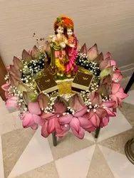 Radha Krishna Bouquets Gift