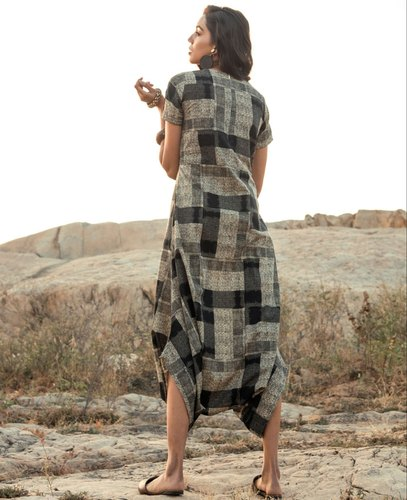 4f50e5bc541 Indus Art And Emporium Grey and Black Abstract Printed Cotton Jumpsuit