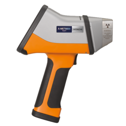 Handheld X-Ray Fluorescence Spectrometer