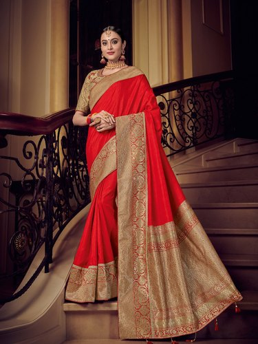 ff08a27305 Pr Fashion Launched Beautiful Designer Wedding Wear Saree, Size: 5.5 mtr