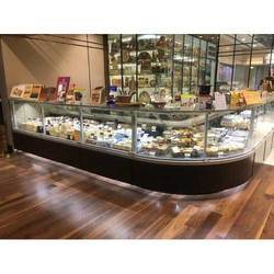 Curved Glass Open Angle Pastry Display Counter