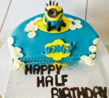 Astonishing Minion Cake Birthday Cake In Kk Nagar West Chennai The Funny Birthday Cards Online Unhofree Goldxyz