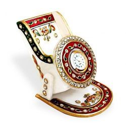 Marble Mobile Stand Watch