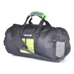 AdventIQ Durable Out-Breaker Travel Duffel Bag / 29 Liter